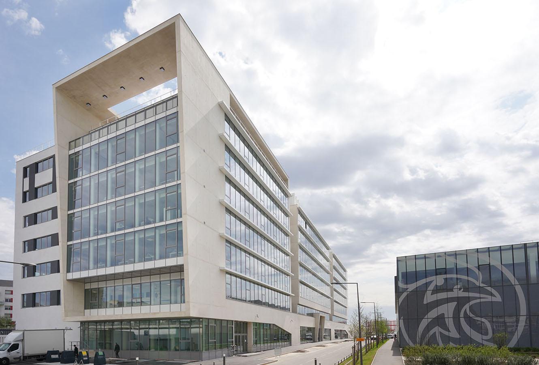 Le « Valeo Mobility Tech Center », plus grand site français de l'équipementier automobile